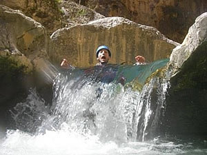 Canyoning a gorge